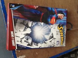 Men's Superman Tshirt Large - New Boxed
