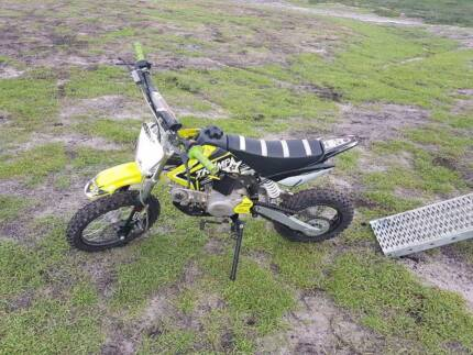 THUMPSTAR 2016 PITBIKE 125CC
