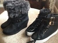 2 Pairs of Ladies fashion boots