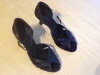 Dance shoes, Supadance. Size 5 1/2 Black/Glitter £25 High Littleton