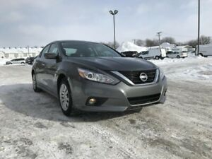 Nissan Altima Berline 4 portes, Automatique, Bluetooth
