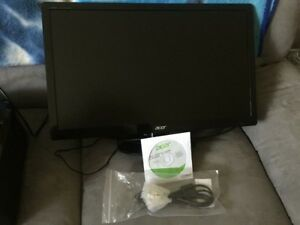 Computer monitor 22 inch LCD $50