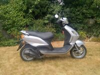 Piaggio Fly 125cc Scooter Moped