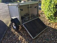 Dog Trailer. Suitable for carrying Dogs or goods. In very good condition.