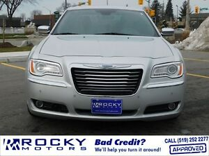 2012 Chrysler 300 Limited $21,995 PLUS TAX