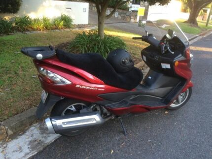 400 burgman 2009 abs 3900$ negotiable with 2 helmets and option.. Fortitude Valley Brisbane North East Preview