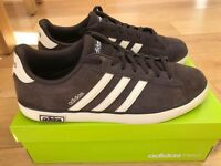 MENS ADIDAS DERBY VULC BROWN TRAINERS UK 9.5 WORN ONCE