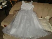 beautiful white bridesmaid dress age 8