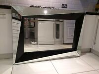 MIRROR IN EXCELLENT CONDITION FOR SALE