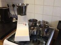 Frying pans & food blender