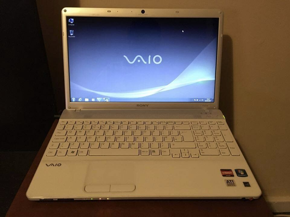 White Sony Vaio Laptop 4gb Ram Webcam Hdmi 320gb Drive