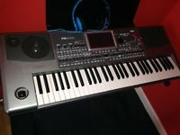 I have for sale KORG PA 900 price is 900 plus ONO or in exchange for my Tyros4 plus surcharge