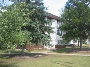 *INCENTIVES* 2 Bd w/ Balcony Near Southgate Mall & LRT~Southwood