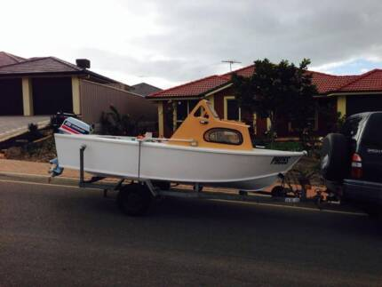 4.19 mtr Marine Ply Half Cabin with 25hp Evinrude Outboard Seaford Rise Morphett Vale Area Preview