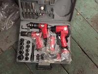 CLARKE 42 PIECE AIR TOOL SET VERY LITTLE USE 95% COMPLETE COST £150 BARGAIN £85