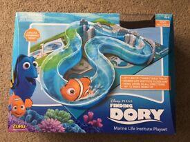Finding dory marine life playset