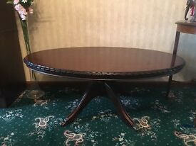 Maghoney table