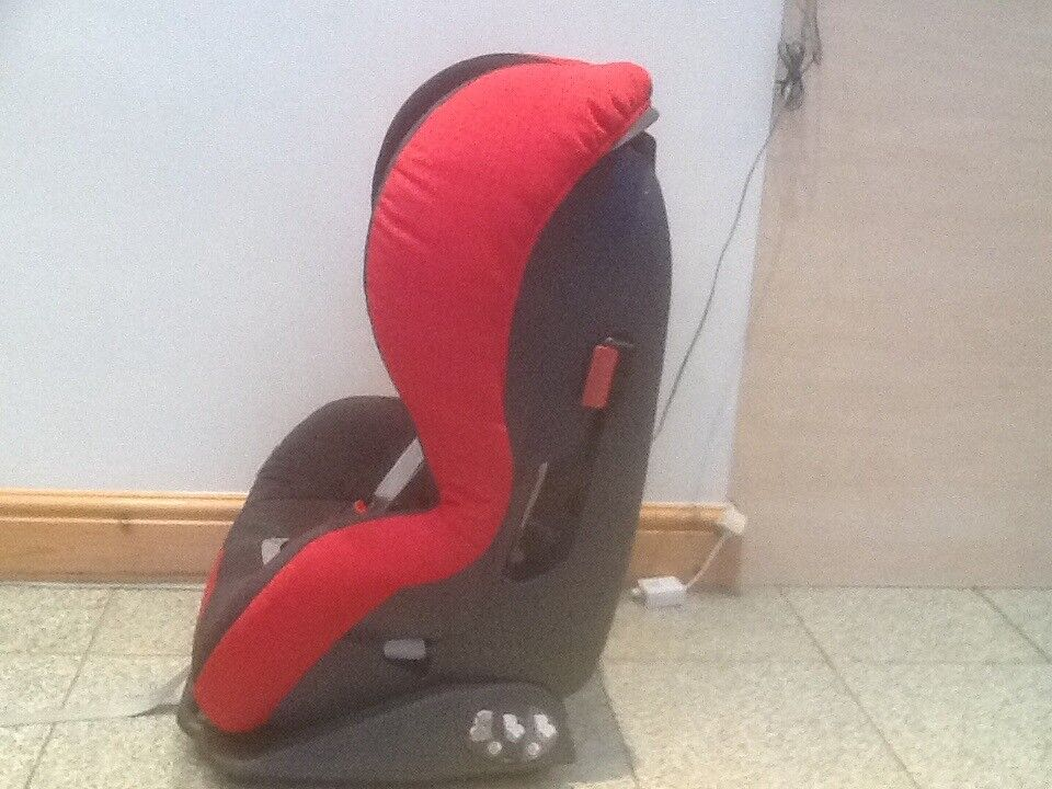 Britax Prince Slim Car Seat For 9mths To 4yrs 45 I Have 3 Designs Available Ideal Small Cars