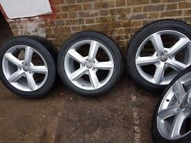 Audi alloye and nearly new tyres