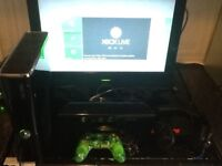 XBOX 360 SLIM WITH CONNECT SYSTEM