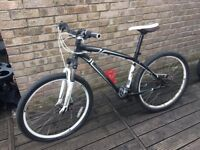 Specialized hardrock push bike (MINT)