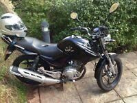 Black Yamaha 125CC bike