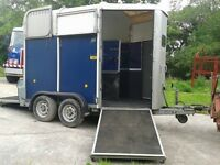 HORSEBOX IVOR WILLIAMS HB505 IN BLUE