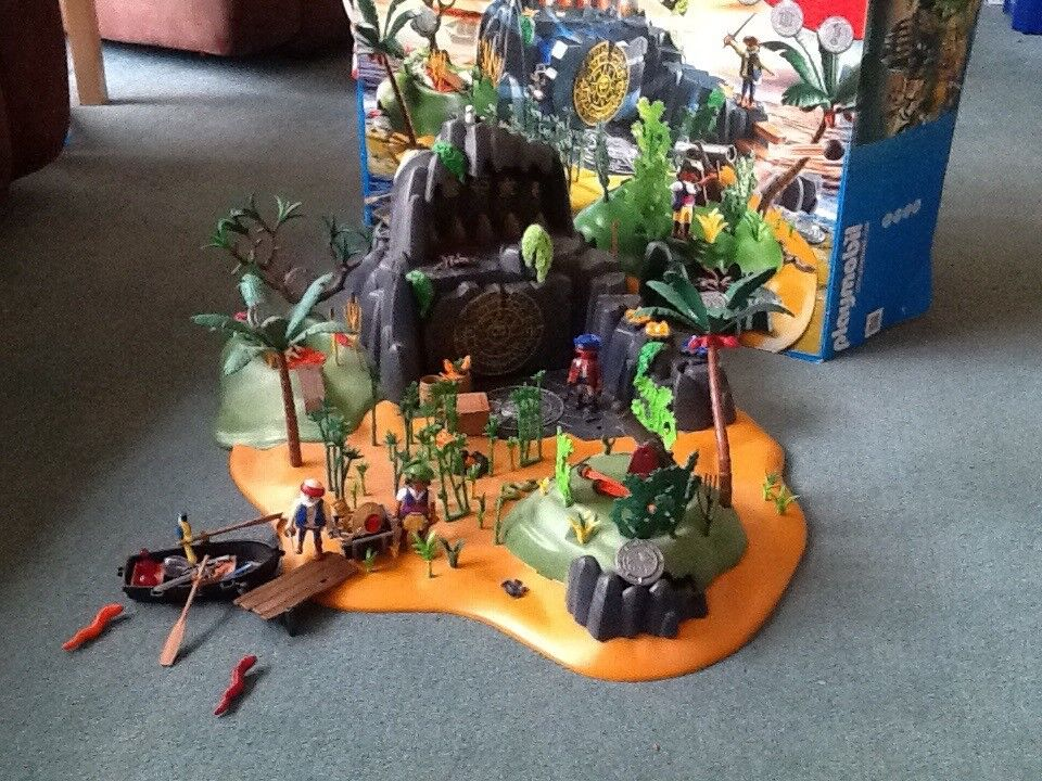 Playmobil treasure island set no. 5134