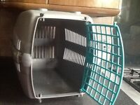 Pet carrier very clean condition useful for cats,puppies,rabbit,Guine pig wit all clips & spare