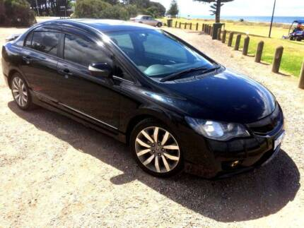 Honda CIVIC Sport (Top of the Range) with Extras.