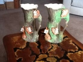 Eastgate withernsea pottery vases x2