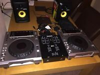 Pioneer CDJ 850K (Pair) DJ Decks / Equipment