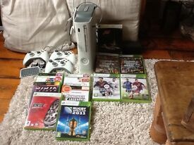 Xbox 360 console,11 games,3 controllers, 2 headsets