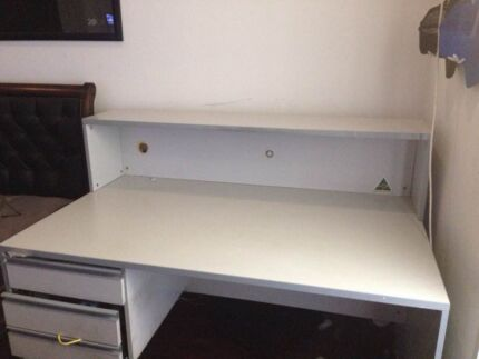 home office desk with drawers. FREE OFFICE DESK AND DRAWERS Home Office Desk With Drawers