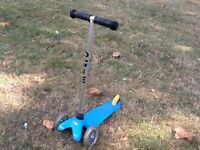 Mini micro scooter - in very good condition (blue)