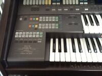 TECHNICS EA5 ORGAN IN AS NEW CONDITION