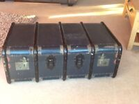 Vintage steamer trunk, fab condition!