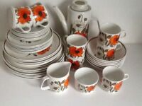 VINTAGE RETRO STUDIO ORANGE POPPY CROCKERY