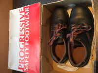 Lady's Safety Shoes Size 6 …