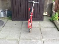 Electric scooter with charger great condition