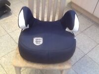 Booster car seats for 25kg upto 36kg(4yrs to 12yrs)all seat covers have been washed-any seat £8 each