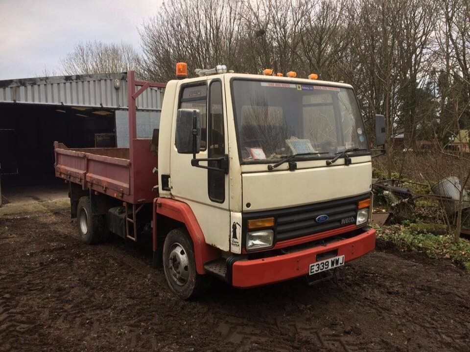 ford cargo 0813 7 5 ton tipper truck in bakewell. Black Bedroom Furniture Sets. Home Design Ideas