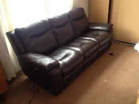 £600 for 3 piece AND single seat electric reclining leather sofas for sale!!