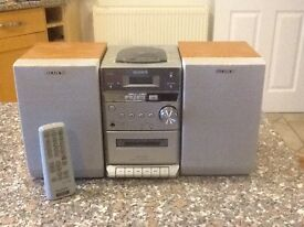 Sony Micro Hi-FI, radio,CD and tape player