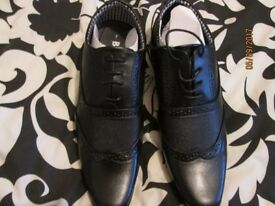 MENS BRAND NEW LACE UP BLACK SHOES SIZE 7 PARTY OR WEDDING