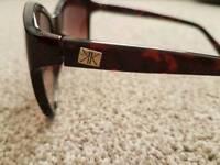 Kardasian sun glasses