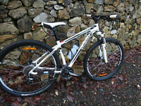 Specialized Hardrock MTB Mountain Bike
