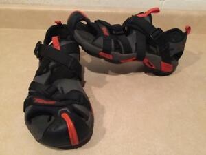 6be04f8fb506 Mens Size 11 Teva Wraptor Sandals