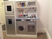 Kids wooden kitchen unit