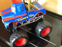 DISNEY CARS TOMENTOR MONSTER TRUCK